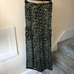 Roccobarocco High Waisted Leopard Print Cargo Pant